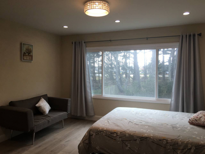 Furnished Room for rent in a upper floor of house